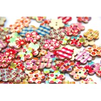 Mini Flower Shaped Shaped Buttons